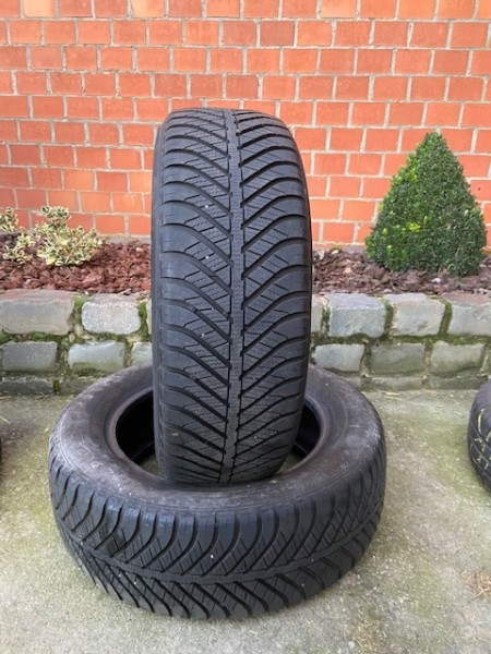 2x 205/60 R16 92H Goodyear Vector 4Seasons