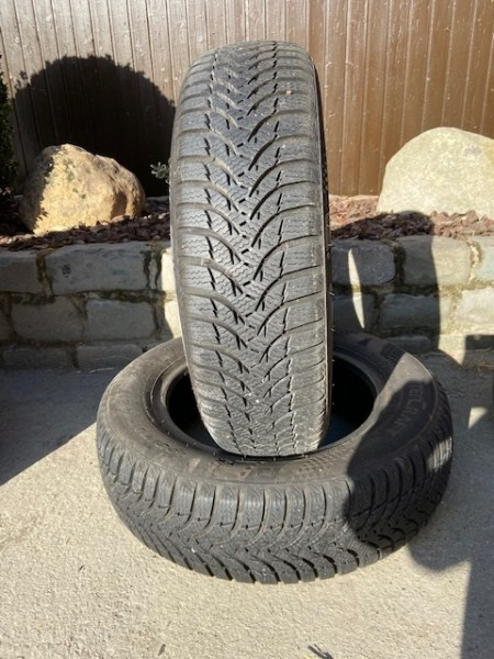 2x 165/70 R14 81T Kumho Wintercraft WP51