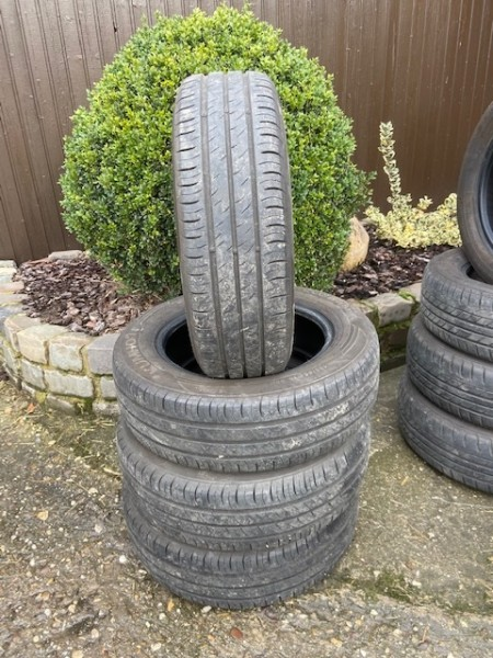 4x 185/65 R15 88H Kumho EcoWing ES01