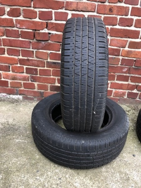 215/65 R16 98H Continental Cross Contact LX